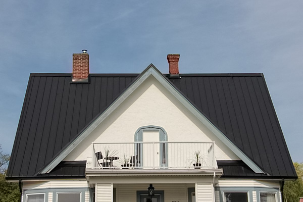 Irwin VI Steel Roof - Black